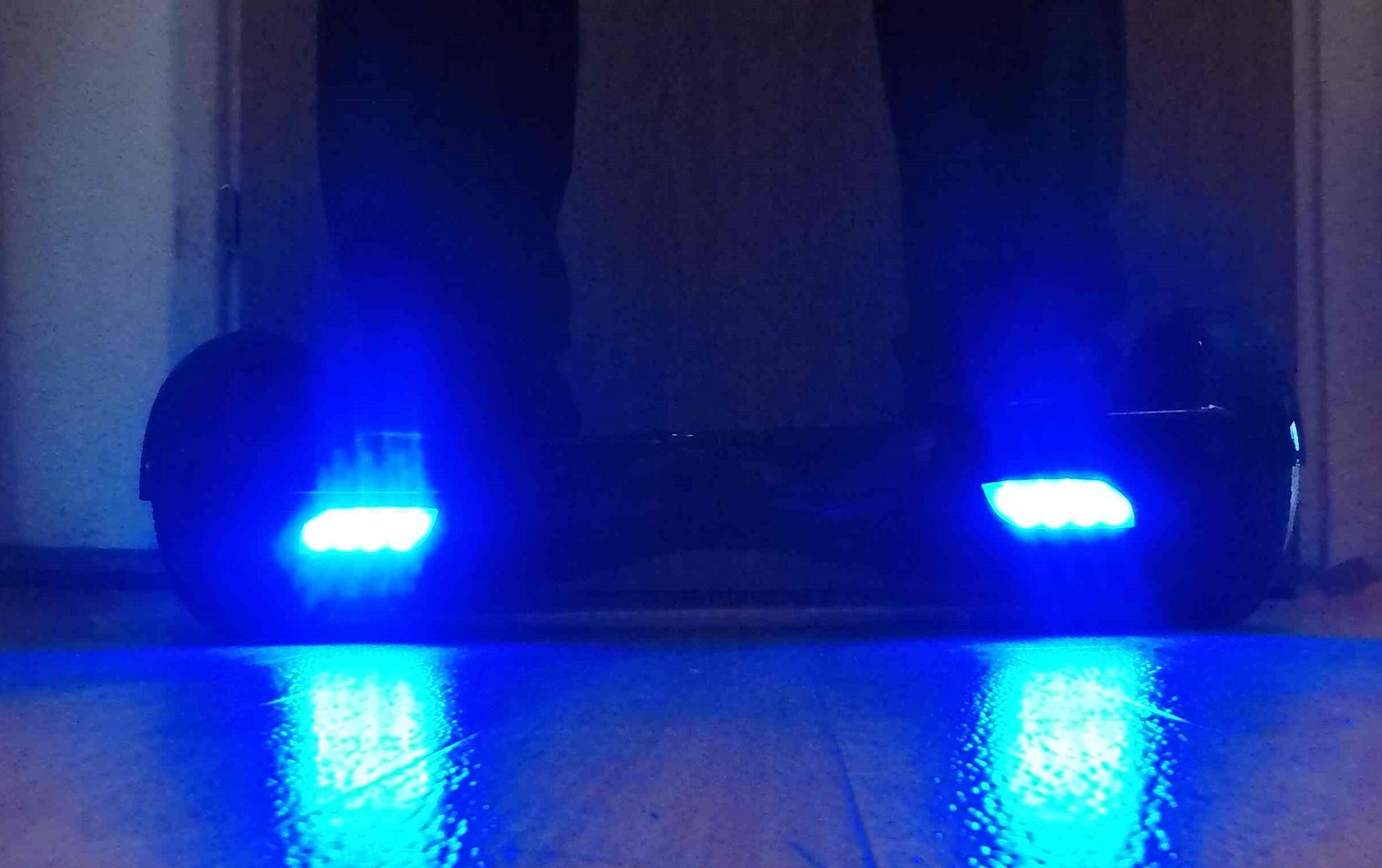 10 iconbit hoverboard blau im praxistest tolles design. Black Bedroom Furniture Sets. Home Design Ideas